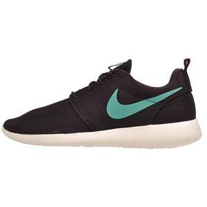 Nike Roshe One Black Emerald Size 10 511881-611